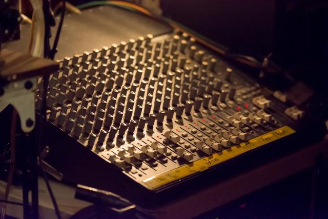 ライブの録音は知識や経験豊富な録音エンジニアにお任せ!